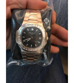 Patek Philippe [NEW][RARE] 5723/1R-010 Baguette diamonds Watch - SOLD!!